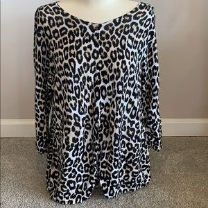 Chico's cheetah light sweater